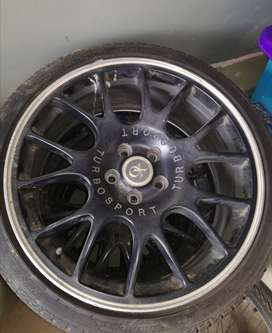 """17""""rims and Tyres for sake"""
