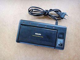 Универсальное зарядное устройство Philips PNC 251 (ААА/АА/С/D/Крона)