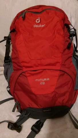 deuter hiking bag