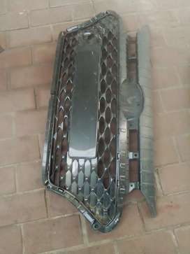 Hyundai i20 main grille for sale