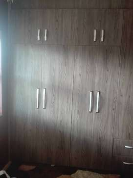Fitted units, kitchen cupboards