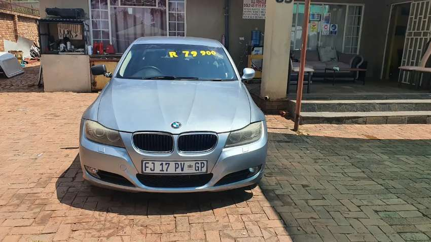 Bmw e90 320i 2009 only need computerbox