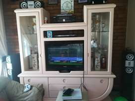 Selling TV stand