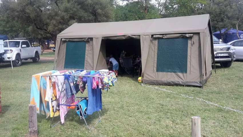 Canvas main tent 0