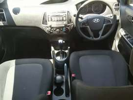 HYUNDAI I20  Year : 2013 Engine:1.6 KM : 101 000km PRICE : R105 000