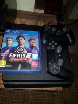 PS4 Slim Console + 2 Controllers& 2 games R4500