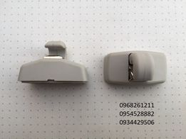 Крепление фиксатор козырька VW T5 Caddy Фольксваген Кади Т5