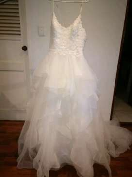 UK Modeca Designer wedding dress for sale
