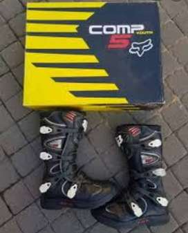 Fox comp boots size 10