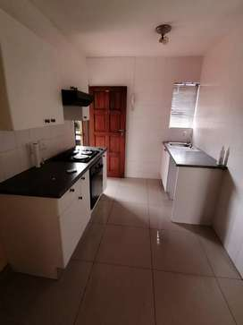 Apartment/Townhouse to rent in Roodepoort West