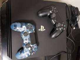 PS4 PRO + 1 CONTROLLER FOR SALE