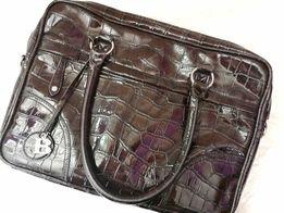 Bulaggi, modna i elegancka torba na laptopa, aktówka