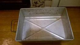 Продам алюминиевую форму для выделки молочных продуктов , хранения .