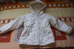 Демисезонная курточка Baby GAP на 5 лет.