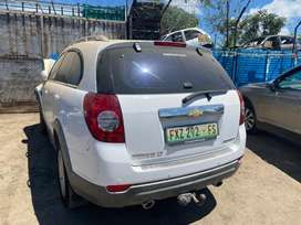 CHEV CAPTIVA 2.4 (2008)-STRIPPING FOR SPARES OR AVAILABLE AS A REBUILD