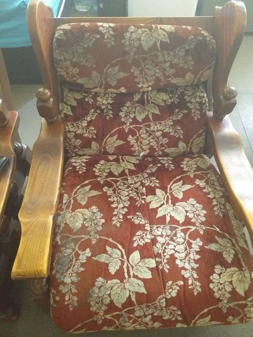 Sofas for sale 0