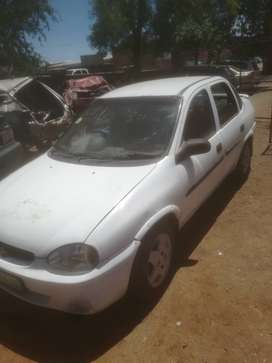 Opel corsa classic 1.6 fuel injection 2000 year mo