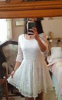 Sukienka biała, poolecam !