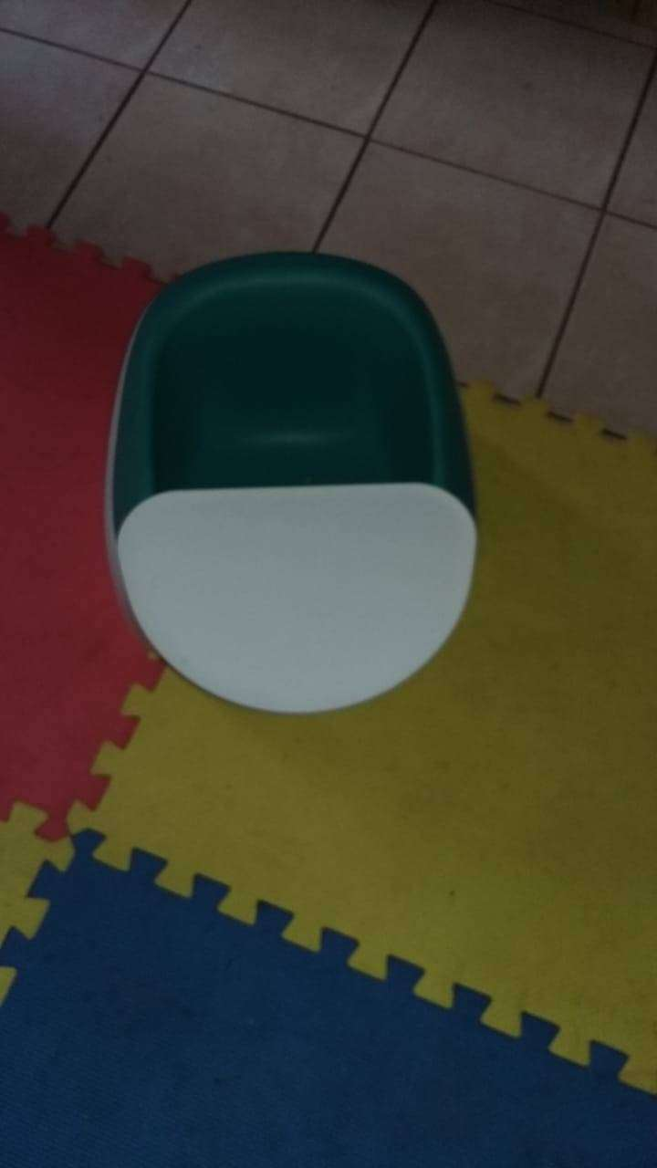 Nuby baby seat 0
