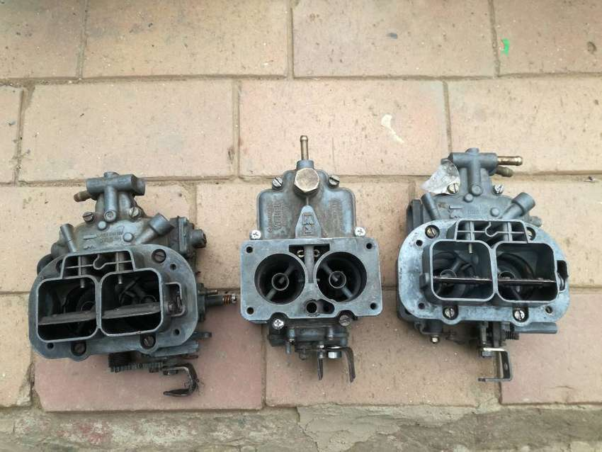 Weber carb and spares 0