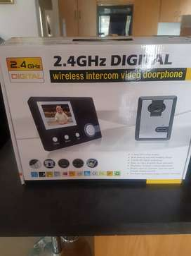 Wireless intercom doorphone