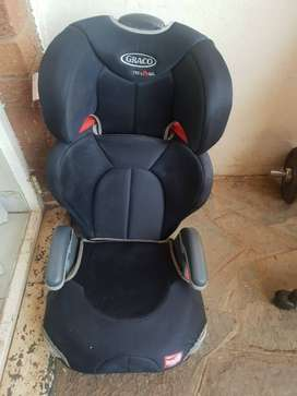 Graco Junior booster seat in excellent condition