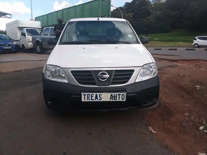 NISSAN NP200 WITH AN ENGINE CAPACITY OF 1,6