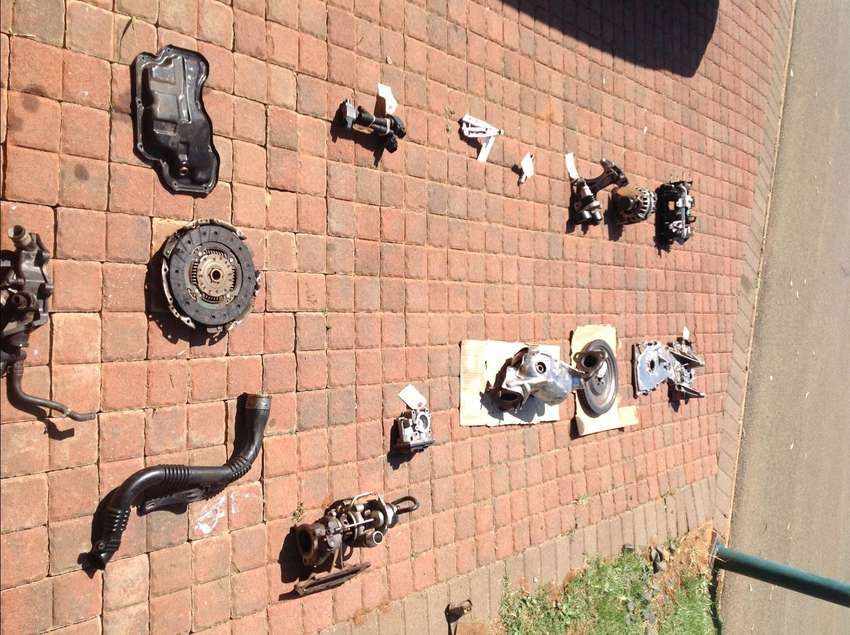 2013 RENAULT CLIO (NEW SHAPE) H4BA ENGINE incl TURBOPARTS 0