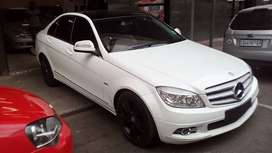 A 2009 Mercedes Benz C-180 Automatic Transmission For Sale