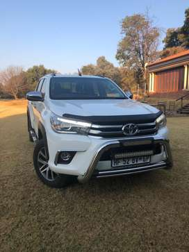 Hilux Double Cab 2.8 GD-6  4x4 Raider 6AT Y2
