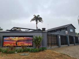 Upcoming Auction: Restaurant/Bar and offices on auction in Glen Marais