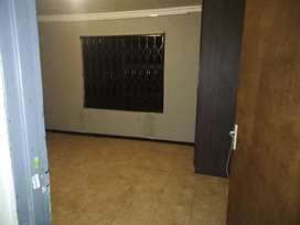 2 bedroom flat for rental at Evander Secunda)