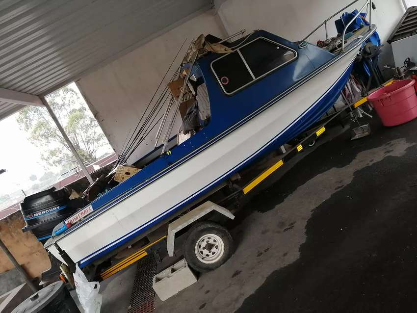 Boat and trailer 0