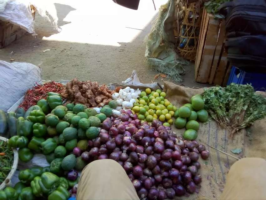 Vegetables, groceries and fruits 0