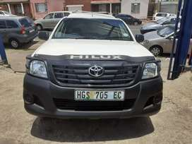 2013 Toyota Hilux (VVTI) (2.7) Manual with Canopy