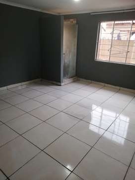 3 bedroom cottage for R3800 to rent  in protea Glen Ext 26