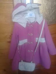 Срочно пальто демисезонное 98-104 пальтішко 3р. сумочка