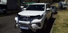 Toyota Fortuner gd6 2.4