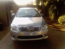 Toyota Innova 2.7 7 Seater's Bus Manual For Sale