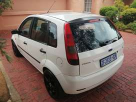 Ford fiesta 1.6 for sell. (negotiable)