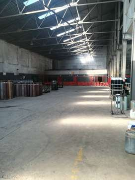 1260m2 factory to let in Boksburg
