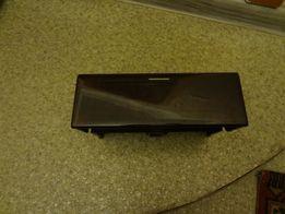 ящик передней консоли мерседес 210 кузов 2106830091