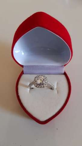 Luxury 1.3ct white gold Diamond ring for sale