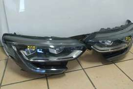 Renualt Megane 4 xenon LED headlights both sides are available
