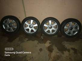 Golf 5 Original Wheels with Tyres