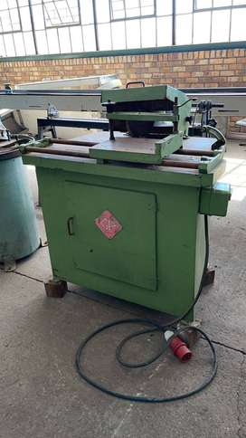 Finger joint shaper spindle machine