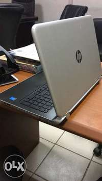 HP PAVILION 15, Core i3. 2017 model.4months old. with original receipt 0