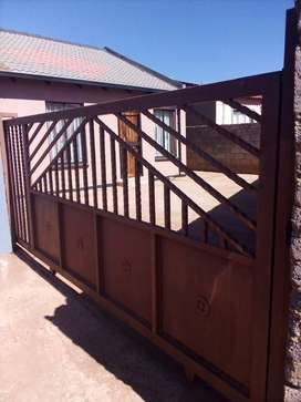 House for rental at ext 11