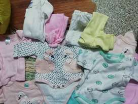 15 sets baby clothes. Brand new