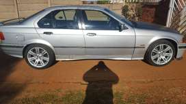 Selling my bmw still looking good on everyday use
